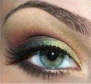 Красивый макияж для серо-голубых глаз на выпускной