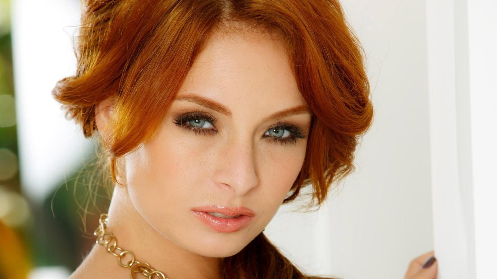 Фото макияжа серо голубых глаз для рыжих