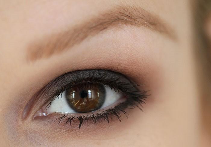 Макияж для темно-карих глаз