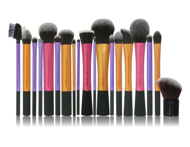 Кисточки для макияжа от Real Techniques