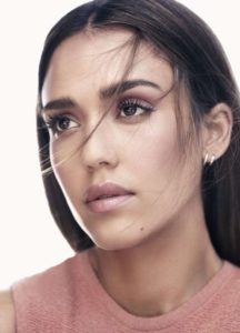 Естественный макияж Джессики Альбы
