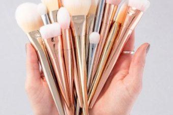 Кисти для макияжа: их виды, назначение и уход