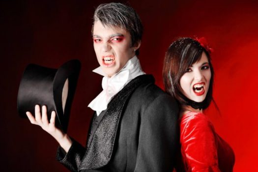 Как сделать устрашающий макияж вампира на Хэллоуин