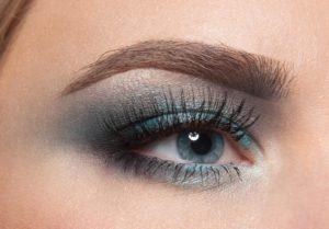Осенний макияж для голубых глаз