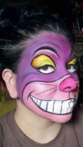 Макияж Чеширского кота в фиолетовых тонах