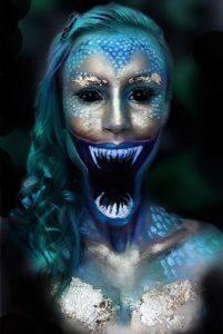 Устрашающий макияж русалки