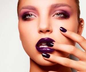 Яркие губы в весеннем макияже