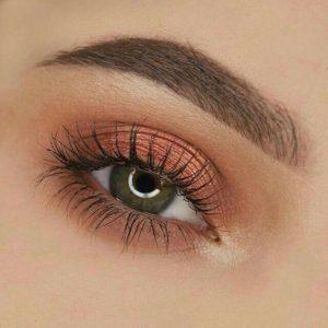 Повседневный макияж глаз с помощью палетки Naked Heat от Urban Decay