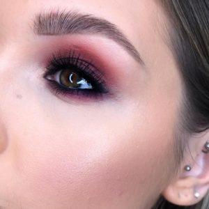 Макияж глаз с палеткой теней Naked Cherry от Urban Decay