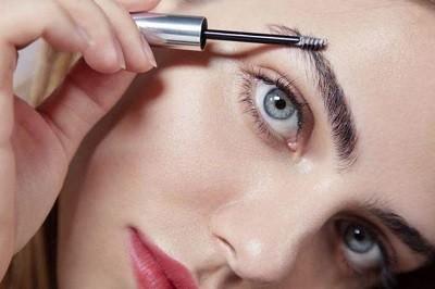 Натуральный макияж бровей - особенности