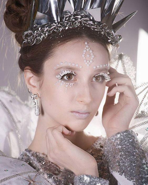 Новогодний макияж леди зима