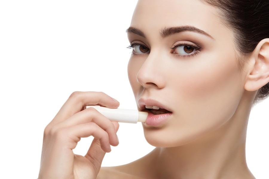 Качественная гигиеническая помада для губ