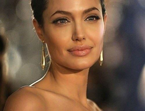 Макияж в стиле Анджелины Джоли