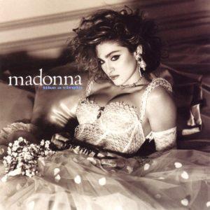 Сексуально-агрессивный макияж 80-х годов на Мадонне