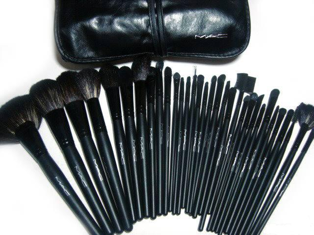 Кисти для макияжа от MAC