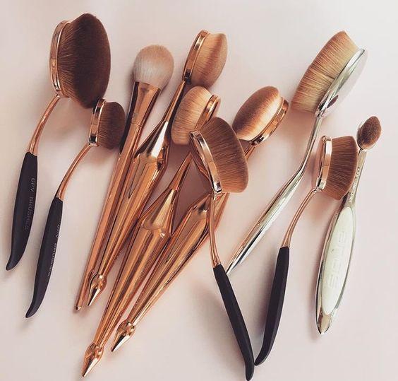 Кисти щетки для макияжа