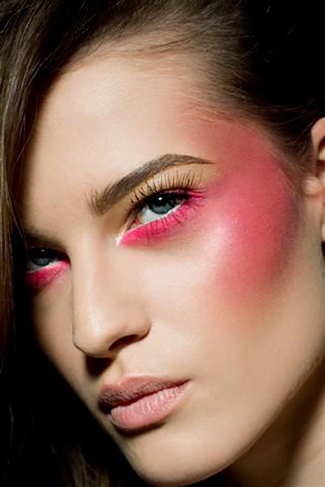 Дрейпинг в макияже