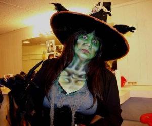 Макияж ведьмы в шляпе