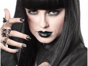Простой макияж ведьмы