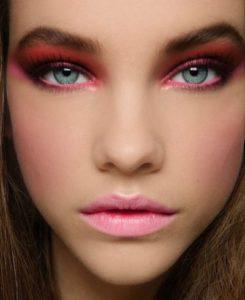 Зимний макияж в розовых тонах