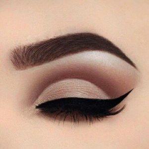 Макияж глаз в технике cut crease в коричневой гамме