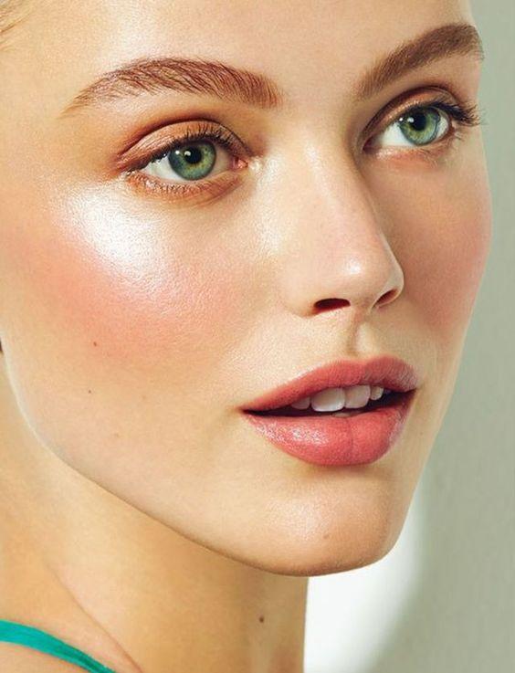 Легкий дневной макияж в домашних условиях
