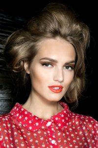 Праздничный макияж на 8 марта