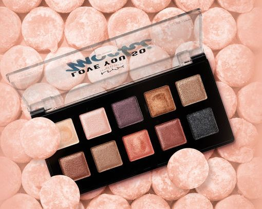 Нежные шиммерные тени Love you so Mochi Eyeshadow Palette Sleek and Chic от NYX