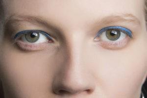 Цветные стрелки для зеленых глаз