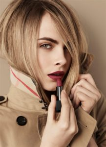 Макияж Кары Делевинь для Burberry Beauty