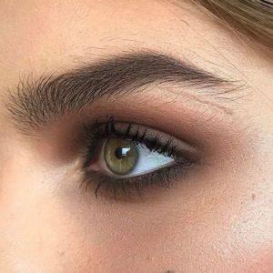Смоки айс коричневыми тенями в макияже глаз
