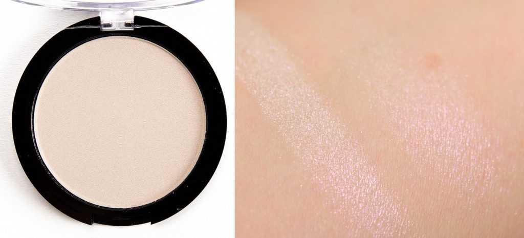 Свотч хайлайтера Duo Chromatic Illuminating Powder от NYX Professional Makeup в оттенке 04 Snow Rose