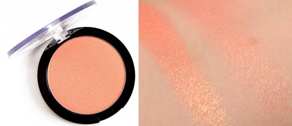 Свотч хайлайтера Duo Chromatic Illuminating Powder от NYX Professional Makeup в оттенке 05 Synthetica