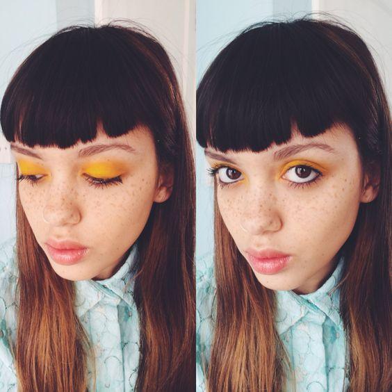 Желтые тени в макияже для карих глаз
