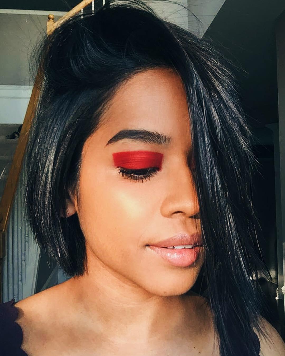 Color block красными тенями