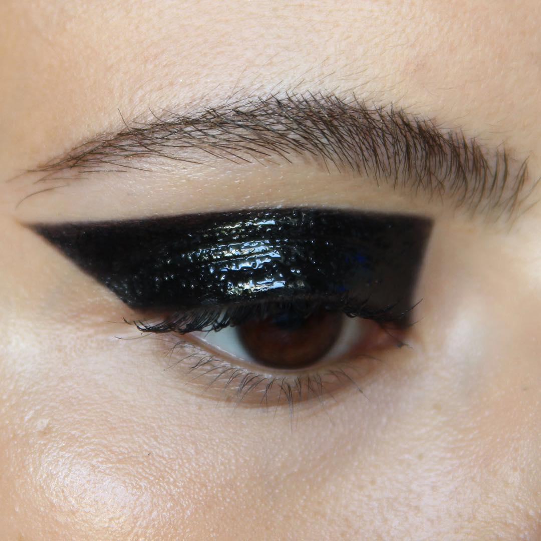 Color bock черными тенями