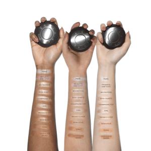 Shimmering Skin Perfector Pressed от Becca