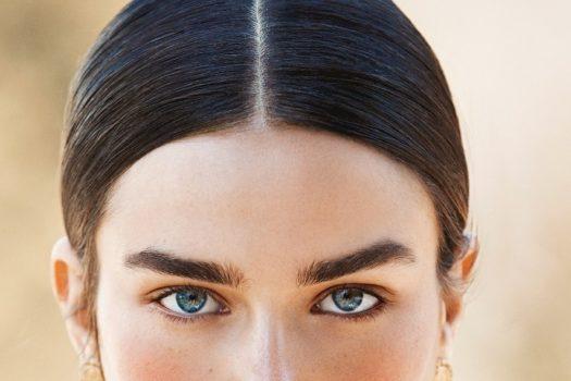 Естественный макияж бровей. Как придать бровям натуральный вид?