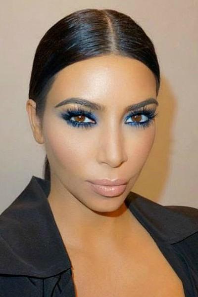 синие тени ким кардашьян