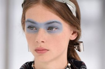 Макияж с синими тенями: как сделать актуальный вариант