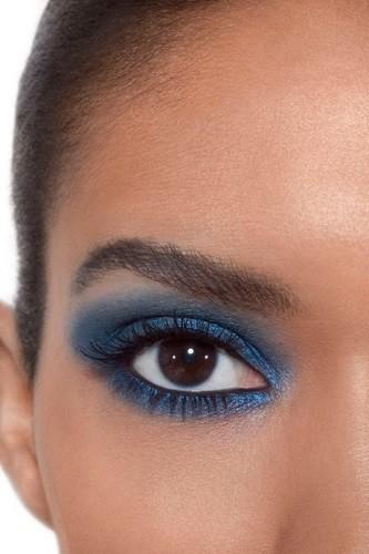 синий мономакияж глаз