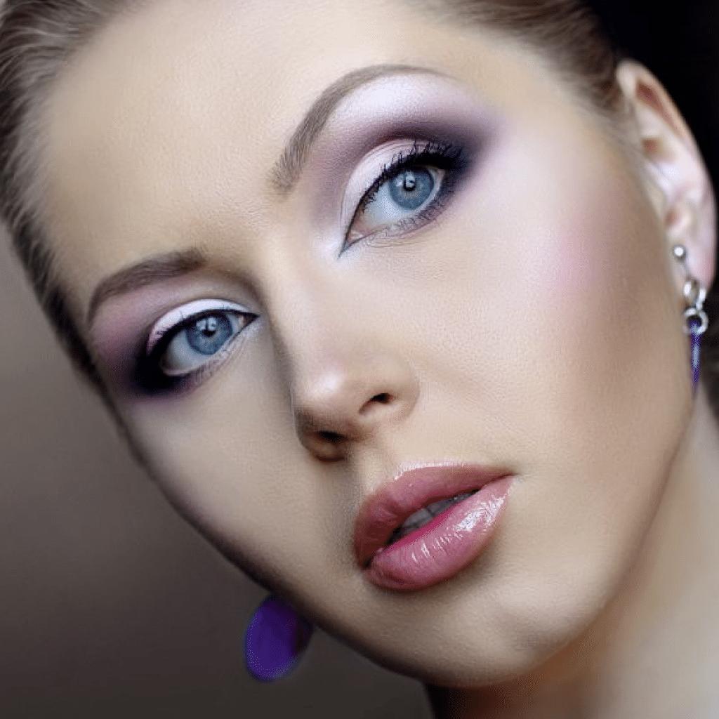 Повседневный и дневной макияж для деловой женщины