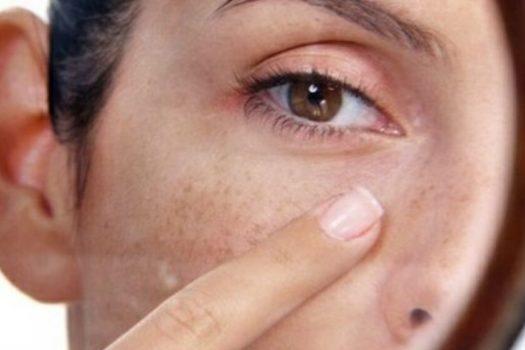 Тональный крем для чувствительной  и сухой кожи лица: как выбрать, особенности применения, топ лучших средств по отзывам косметологов