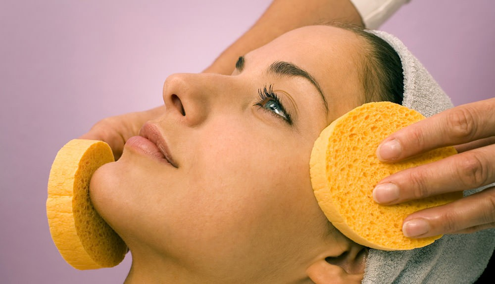 10 рецептов эффективных увлажняющих масок для жирной кожи лица в домашних условиях