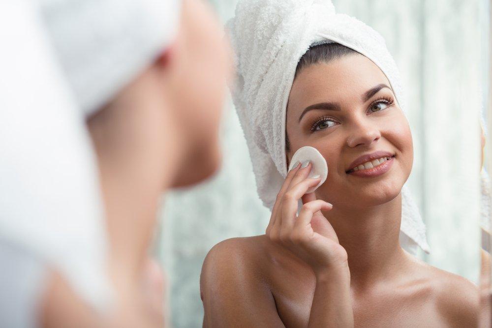 Правильный уход за проблемной кожей лица в домашних условиях