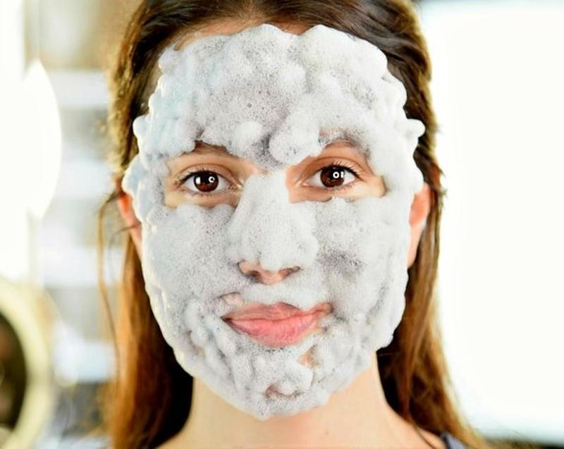 Применение пузырьковой маски для лица и рейтинг лучших очищающих пузырьковых масок