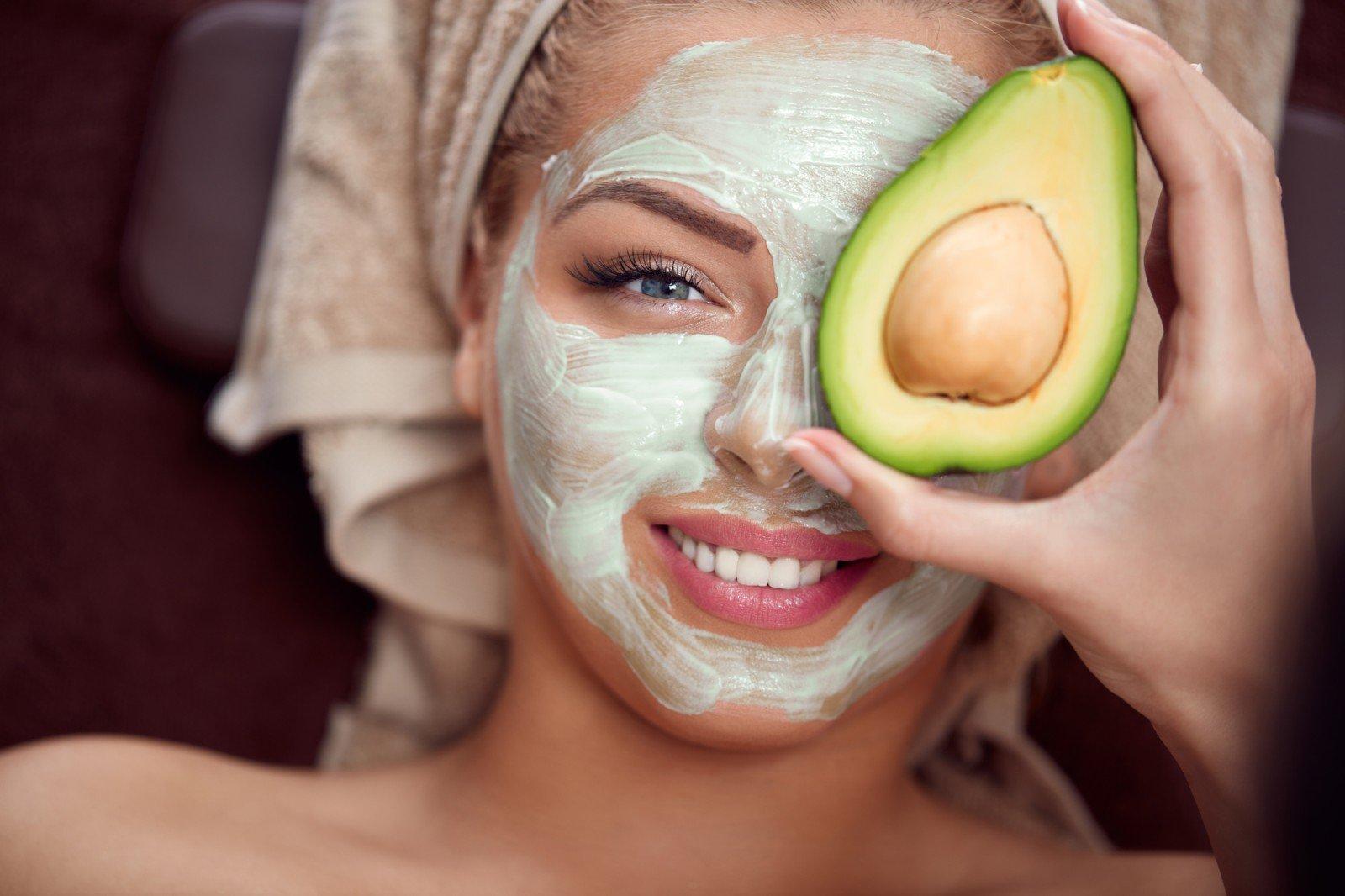 Маска для лица из косточки авокадо в домашних условиях