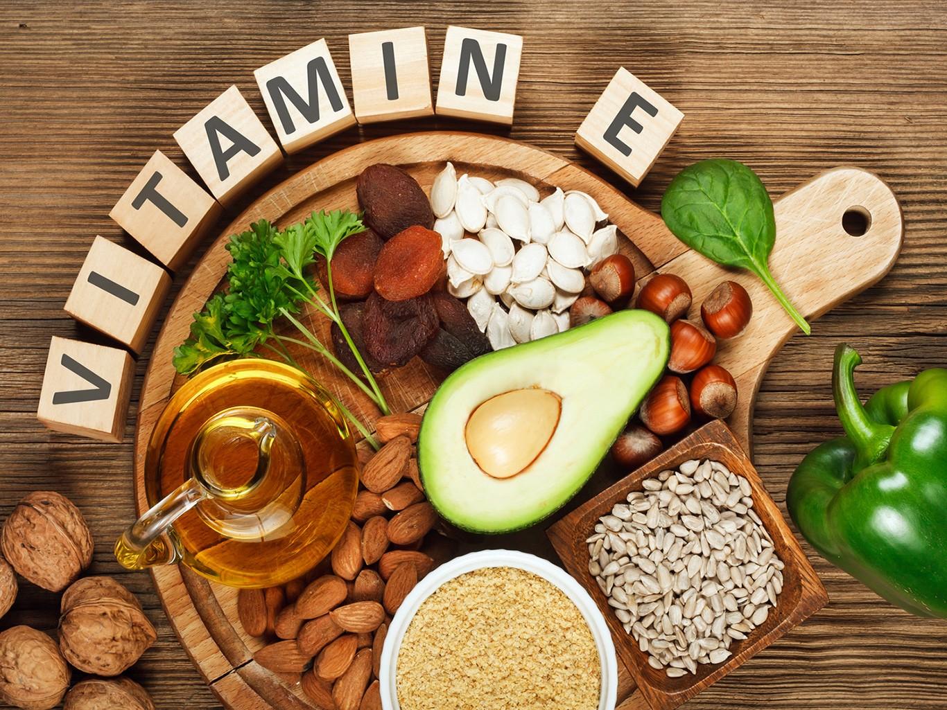 В каких продуктах содержится витамин Е, полезные свойства