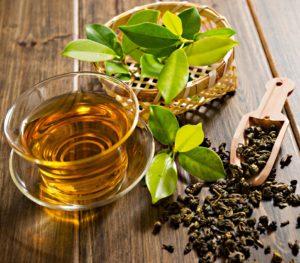 Как использовать  зеленый чай  для лечения прыщей